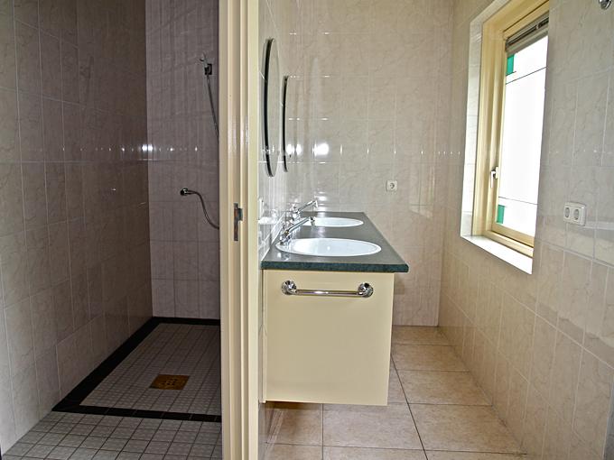 11-flierefluiter-badkamer-1.jpg